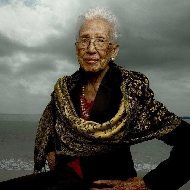 Happy 100th birthday to Ms. Katherine Johnson, NASA scientist who calculated trajectories for the Apollo space missions by hand !